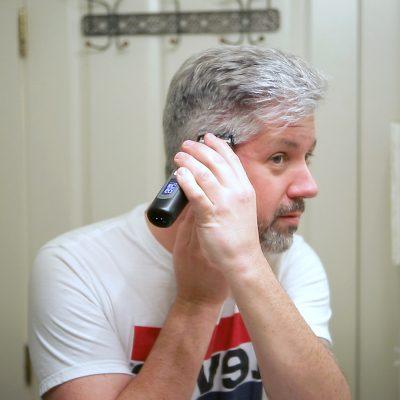 Watch A 51 Yr Old Man Cut His Own Hair